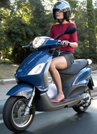 nieuwe-piaggio-fly-scooter